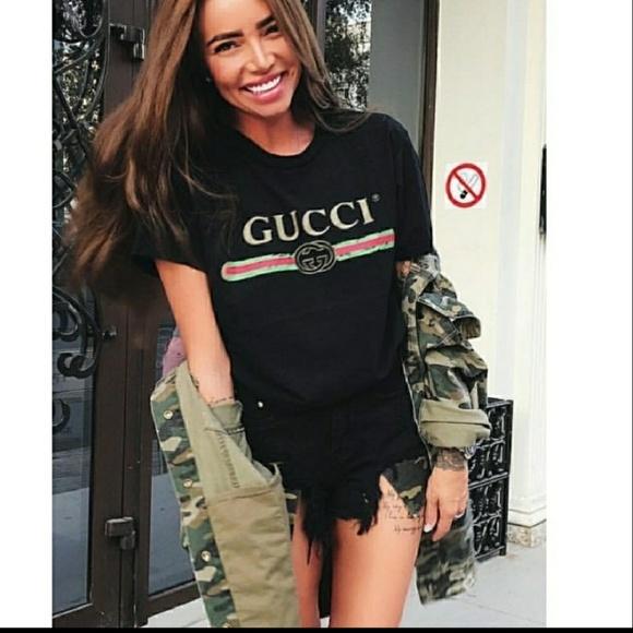 4d7e8fb1c47b Gucci Tops - Black gucci tshirt